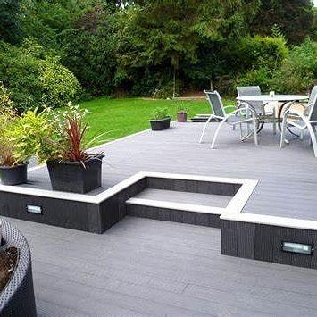 Terrasse Mit Podest Wpc Material Verschiedene Farben Terrasse Terassengestaltung Podesttreppe Wpc Ulm N Terassenentwurf Hintergarten Moderner Hinterhof