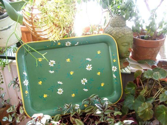 Large Mid Century Metal Tray Summer Green Floral Pattern by lookonmytreasures on Etsy