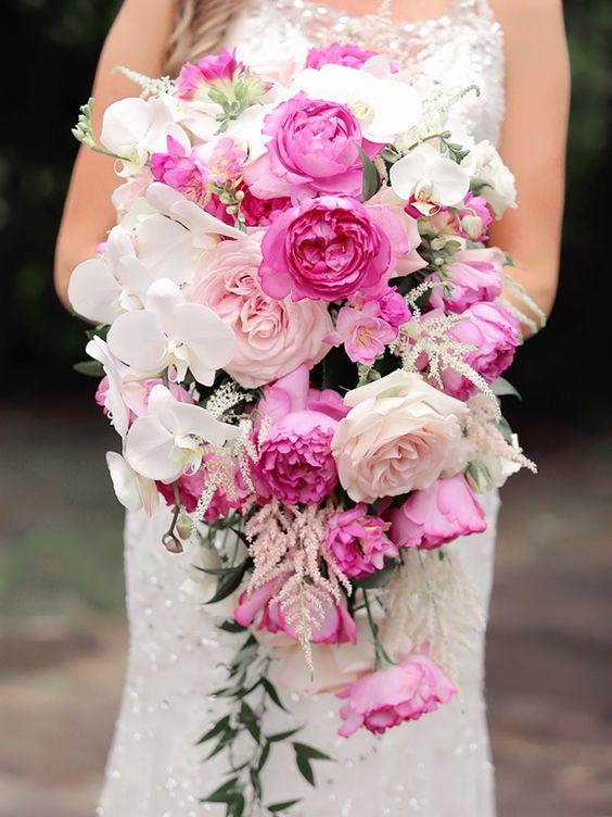 اجمل تصاميم مسكات ورد للعروس باللون الوردي حصري 2018 cfd86cbbf5cb5208ec5d