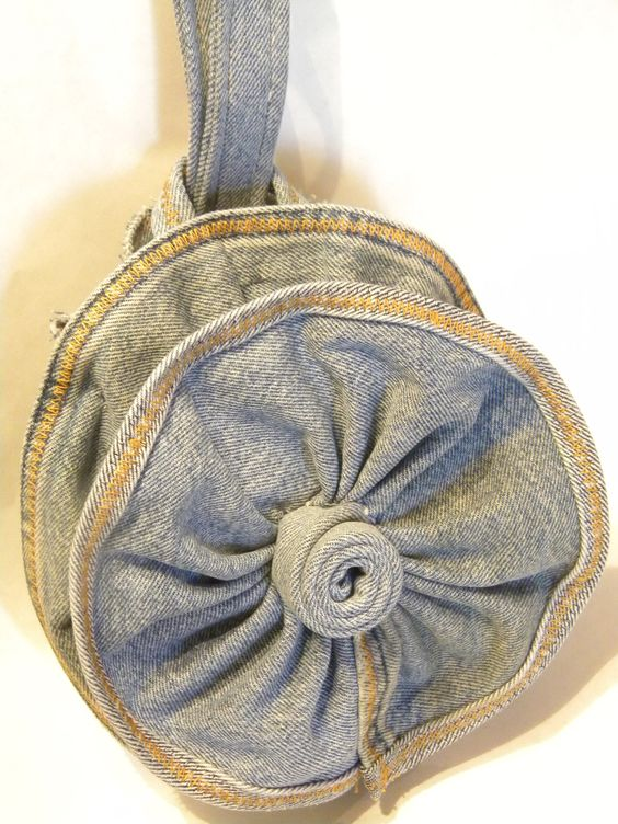 Wristlet from a re-purposed pair of jeans.