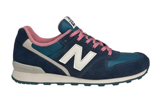 New Balance 996, Navy with Pink