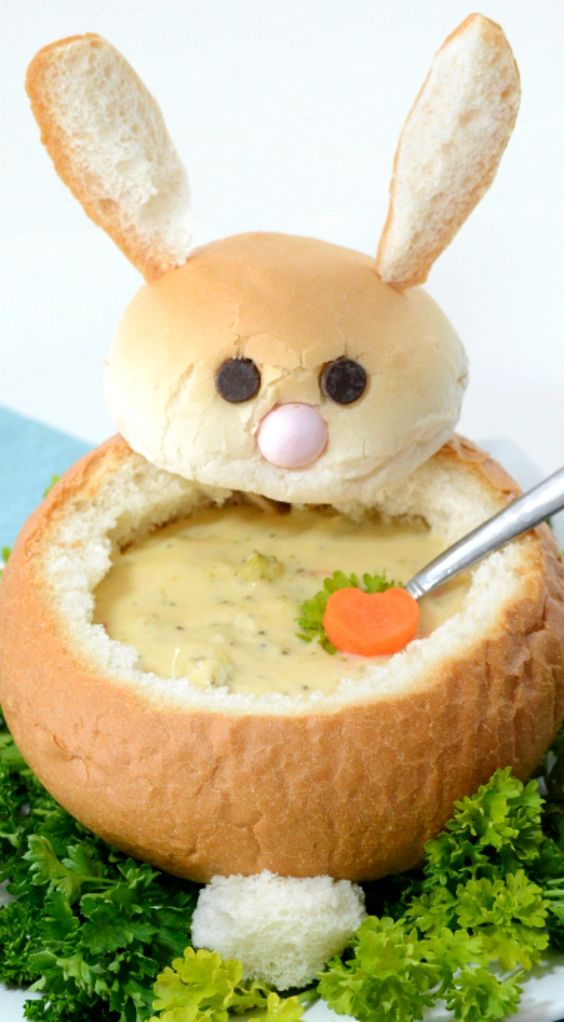 Easter Bunny Bread Bowl ~ Fun, easy and creative way to serve up your Easter Dinner... Fill with soup or veggie dip for your Veggie Tray!: