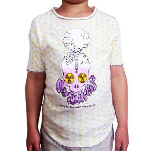 Mongoloizオリジナルの「No Nukes」デザインがプリントされたキッズサイズのTシャツ。100%コットンに黄色の麻柄が入った生地です。プリントは写真...|ハンドメイド、手作り、手仕事品の通販・販売・購入ならCreema。