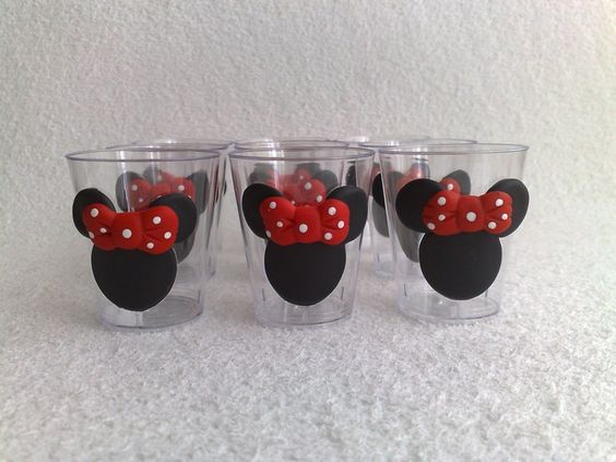 Copinho de 40ml Tema Minnie Vermelha.: