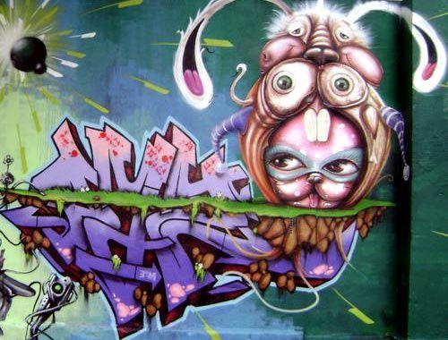 Rabbit Costume Graffiti | Minas Gerais, Brazil
