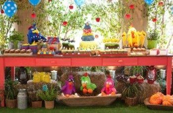 Decoração de aniversário da Galinha Pintadinha: ideias, fotos - Casa&Festa