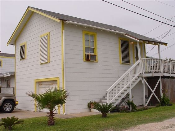Bungalow vacation rental in Galveston from VRBO.com! #vacation #rental #travel #vrbo