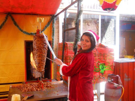 En estas Posadas y Fiestas Decembrinas no puede Faltar los exquisitos Tacos al Pastor de www.tacoselcipres.com.mx