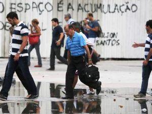 Cifra récord: 12 millones de personas están sin trabajo en Brasil
