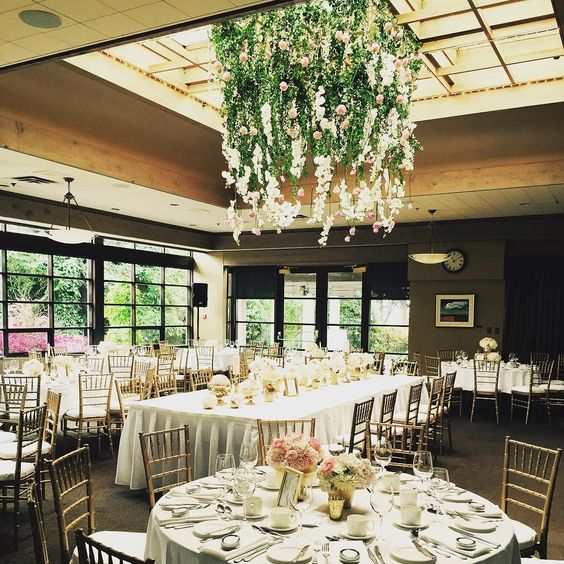 nice vancouver wedding Head Table in the centre of the room #shaughnessygolfandcountryclub #sgccweddings by @sgccweddings  #vancouverwedding #vancouverwedding