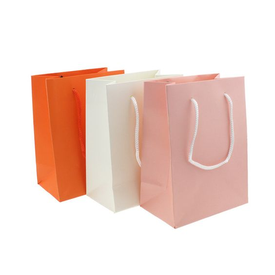 2016 Sale Vaccum Compressed Bag Folding The High-end Jewelry Packing Bags Wholesale Custom Logo Gift Handbag Bag Factory Direct  https://www.aliexpress.com/store/product/The-high-end-jewelry-jewelry-packing-bags-wholesale-custom-LOGO-gift-handbag-bag-factory-direct/219022_32658291924.html