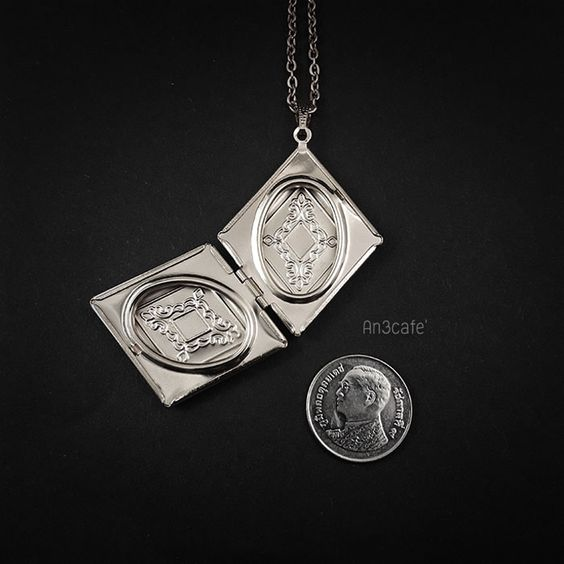 Rhombus Lockets