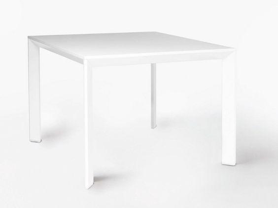 Mesa da cozinha quadrada de folheado de madeira CHAMFER by Karl Andersson & Söner | design Daniel Franzén, Mattias Ståhlbom