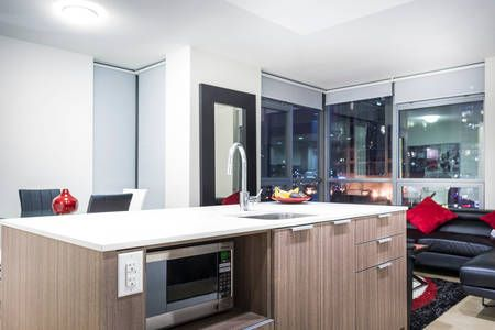 Airbnb: Downtown Luxury Apt near Yaletown in Vancouver - Get $25 credit with Airbnb if you sign up with this link http://www.airbnb.com/c/groberts22