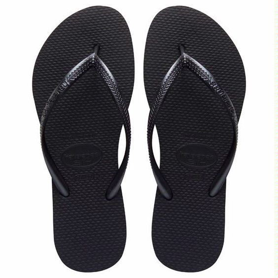 The Slim features a sleek metallic strap for a fresh, on-trend look. A tonal Havaianas logo and our signature textured footbed provide style and comfort. - Thong style - Cushioned footbed with texture: