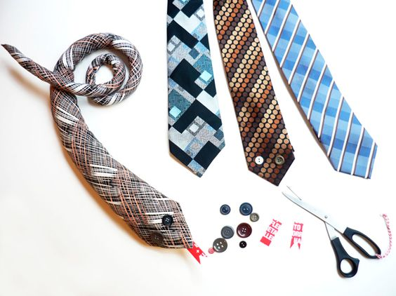 Something for all those old ties hanging around.