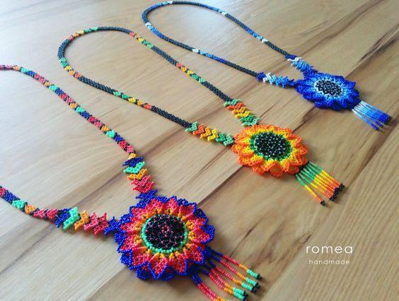 Collares Huichol , Diseño Flor 3D , Romea Accesorios , Estilo Mexicano , Chaquiras , Hecho