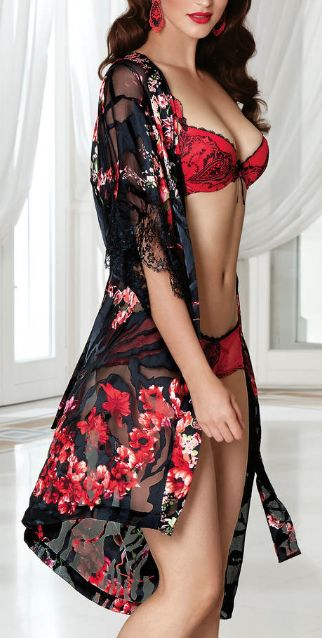 Lise Charmel - Apprivoise Robe - Isn't the floral print on this lace trimmed robe beautiful?! Such a complex use of color, pattern, and texture.: