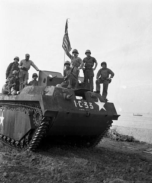 U.S. soldiers and a tank come ashore at Inchon, in the invasion that led to the liberation of Seoul. Though an armistice in the war was achieved, a final resolution has never been negotiated. Image from Pinterest.