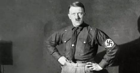 RS Notícias: Livro afirma que Hitler tinha pinto pequeno e defo...