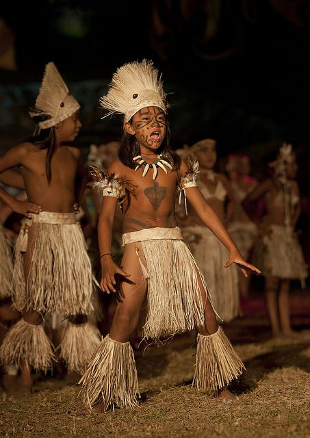 Dances During Tapati Festival In Hanga Roa, Easter Island, Chile by Eric Lafforgue, via Flickr: