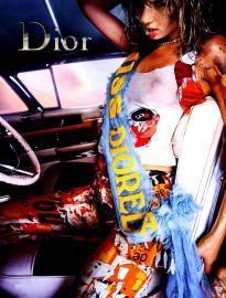 Retrouvez toutes les sélections Céwax ici : https://cewax.wordpress.com - Dior - - SS 2001 - Ad Campaign | TheImpression.com