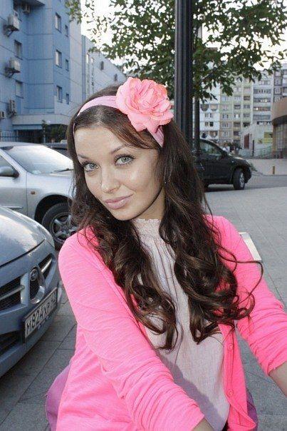 Valeria Lukyanova | VK