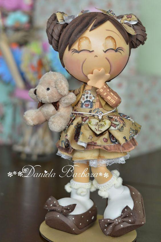 Algodão Doce e Café com leite...   Qual a graça heim meninas?? :D       Ela é só alegria :)           Confete..       O que houve meninin...