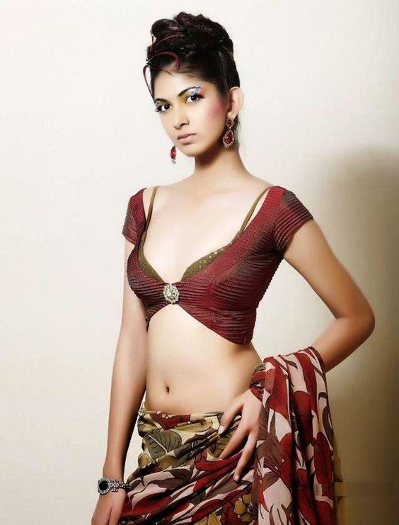 Models indian saree