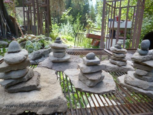 Stacked Rocks Pebble Towers For A Garden Accent Easy Garden Ideas Landscaping Landscaping With Rocks Easy Garden