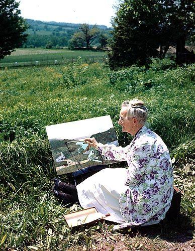 Grandma Moses began her art career in her 70's ...became successful and was busy as world renown artist until her death at age 101. (Grandma Moses começou sua carreira artística em seus 70 ... se tornou bem sucedida e estava ocupada como artista de renome mundial, até sua morte, aos 101 anos de idade.)