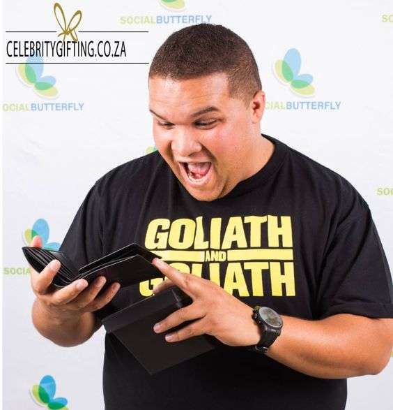 www.celebritygifting.co.za #celebritygifting #jasongoliath #goliathbrothers #sunglasshut #choosingishalfthefun #excitement