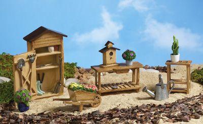 Cute set for Amelia Thimble!  Mini Garden Furniture