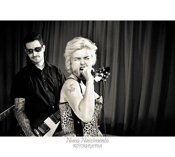 Banda Motrícia (Projeto Home Pocket Clipoems Rock by Arthur Caria)  #rock #music #musica  #bahia  #pretoebranco #monochromatic #monocromatico #art #salvador #estudiocasarao #bahia  #igersbahia #baianidadenagô_ #worldingram  #worldingram #jardimdetalentos #talentosfotográficosdoig #igers #igersbrasil #shooting #ig_brasil #like4like #ig_bahia #talentedpeopleinc #guitar #electricguitar #bass #drums #aquitemrockbaiano by nunno778