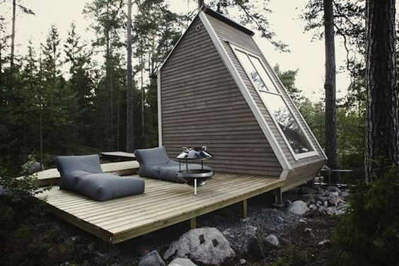 Backyard Micro Home that you Might be able to Build with No Permits