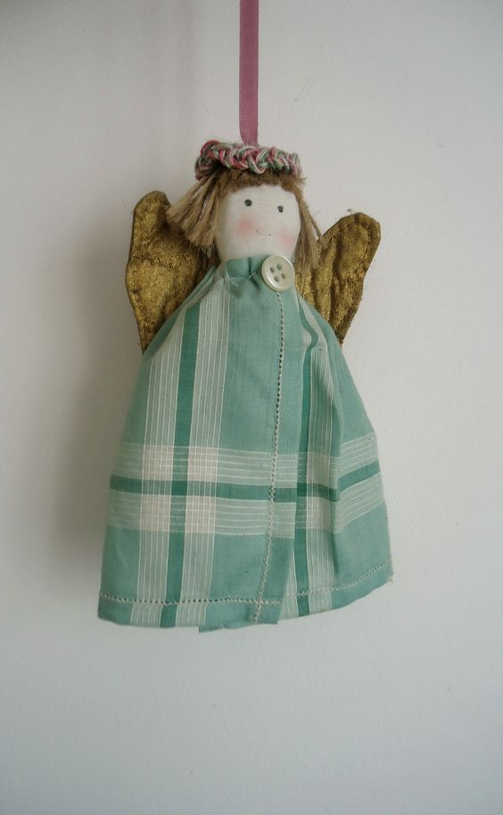 handmade angels: Ideas, Christmas Time, Angels Engeltjes, Handmade Angels, Hand Crafted Angels, Angels Cloth, Angels Kind, Homemade Gift, Crafts