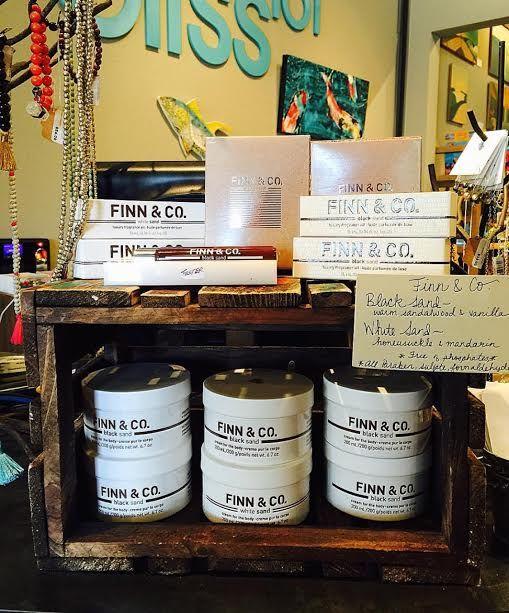 Finn & Co is out of Maine, USA and is known for their incredible scents. Black and White Sand.