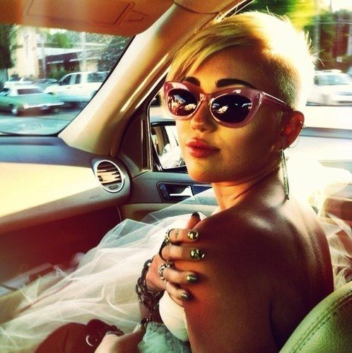 Should Miley Delete Her Twitter account? read more here http://latest-news.flipsyte.com/miley-twitter