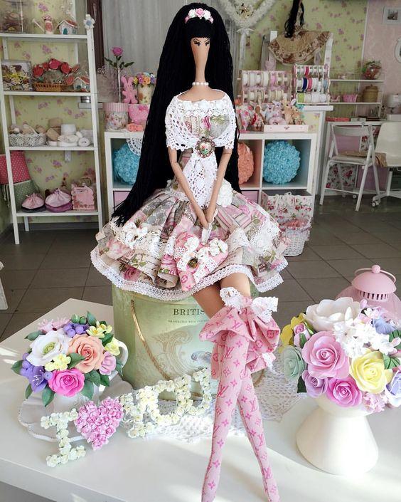 Брюнеточка! #ручнаяработа#куклыгромовойирины#тильда#сделаносдушой#хлопок#шеббишик#красиво#хэндмэйд#handmade#tilda#кукла#шебби#хобби#моямастерскся: