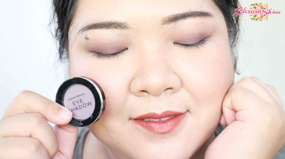 Contoh Warna Colour Box Mono Eyeshadow - Soft Lilac