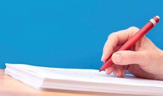 Không dùng bút có màu mực đỏ ở Hàn Quốc
