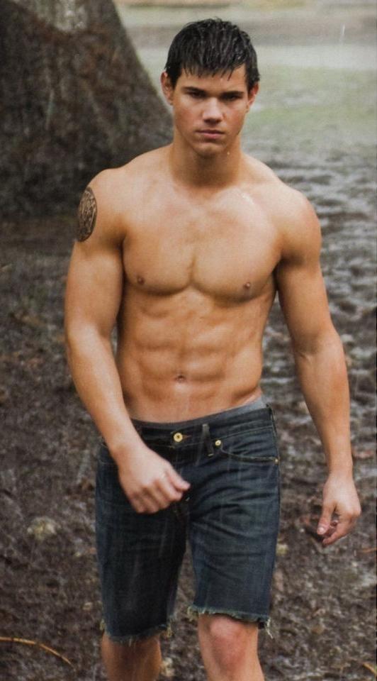 Taylor Lautner Muscle Gain