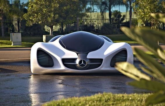 Driven by nature, the Mercedes-Benz Advanced Design Studios in Carlsbad, California, at the 2010 Los Angeles Design Challenge, designed a revolutionary
