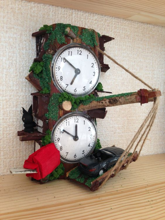 Handcraft remade Tree-house double clocks.