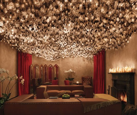 An Entire Ceiling Scape Of Lightbulbs Gramercy Park Hotel Ian Schrager Domestics Pinterest And