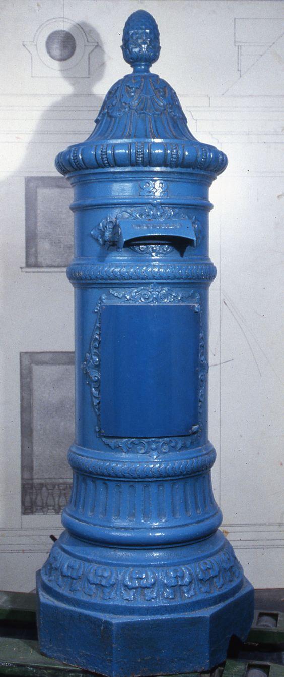 Bo te aux lettres ronde vers 1850 l 39 adresse mus e de la poste la poste dr mail boxes - Boites aux lettres la poste ...