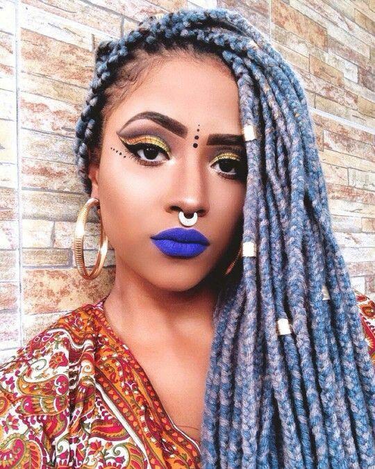 blue yarn box braids
