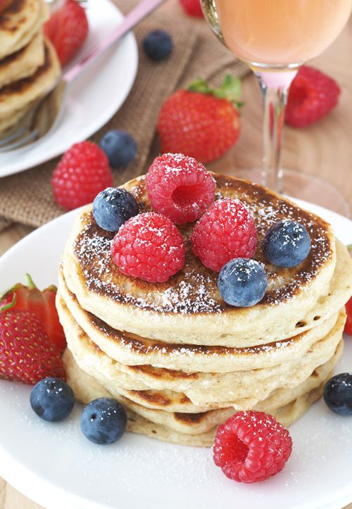 verticalfood: Champagne Pancakes with Berries