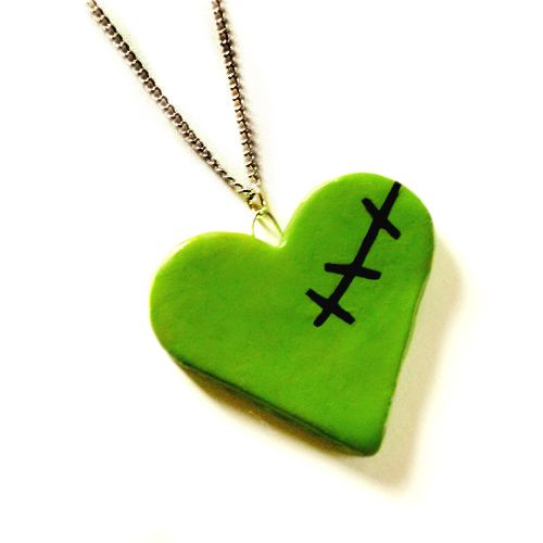 Google Image Result for http://www.littlemissdelicious.com/web_images/halloween_zombie_heart_necklace.jpg