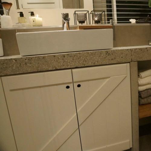 De badkamer in ons eigen huis is af eigen huis en tuin for Eigen huis en tuin cast